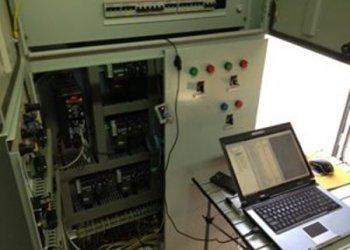 Εγκατάσταση Thermo Guard σε πίνακα ελέγχου μονάδας ψύξης - θέρμανσης.
